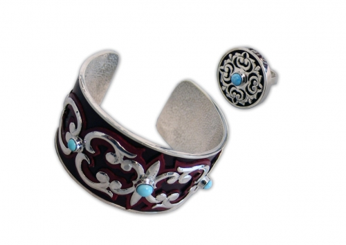 A-182.           <br>                    Kit. <br> 925 silver. Natural Turquoise. Leather.