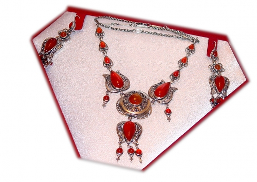 A-62.          <br>                                         Kit. <br> 925 silver. Natural Carnelian.