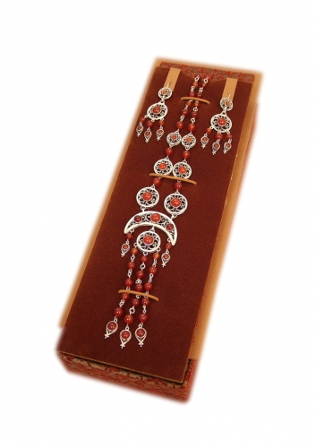 A-59.        <br>               Kit. <br> 925 silver. Natural Carnelian.