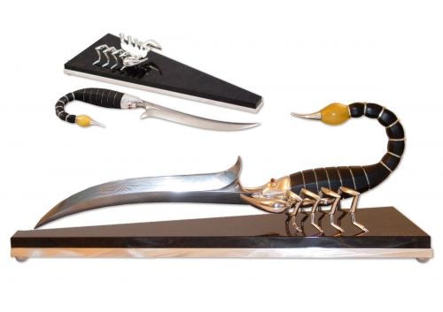 s-190.  <br>  Knife «Scorpion». <br>  925 silver. 324 grams. Natural Carnelia, Amber, Obsidian and Damascus steel.