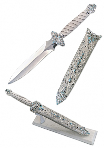 s-181. <br>  Akinak «Shah». <br>  925 silver. 491 grams. Natural Turquoise and Damascus steel.