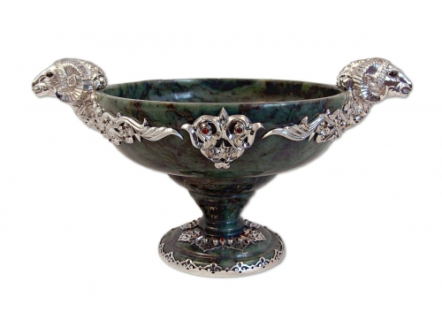 s-50. <br>  Bowl with Pamir argali. <br>  925 silver. 674 grams. Natural Jade. Carnelian and Hematite. Height 20cm.