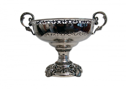 s-258. <br> Bowl «Jenis». <br> 960 silver. 2132.3 grams. Height 27cm.